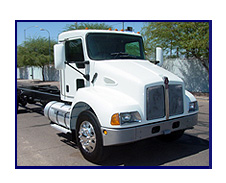 2005 Kenworth T-300 Cab & Chassis