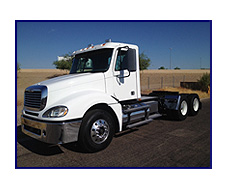2007 Freightliner CL1200 425 Factory Day Cab